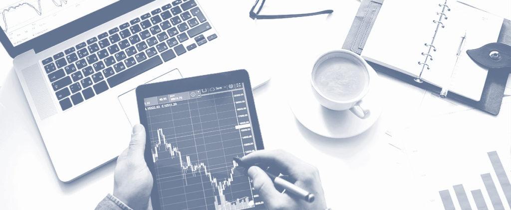 day trading vs investing